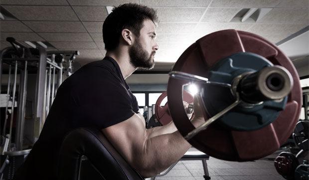 Fitnessstudio versus Home Gym